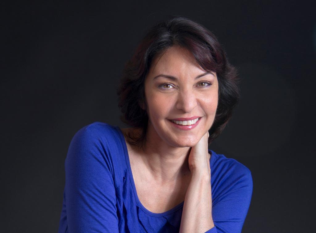 Daína Chaviano celebra a Rhoda Broughton