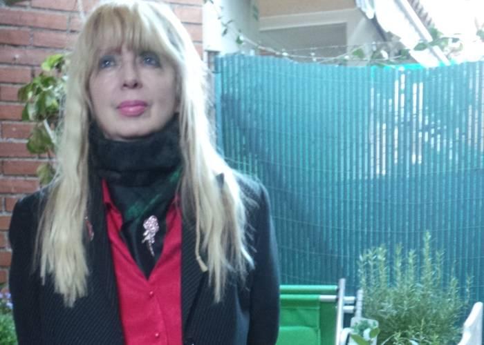"""Entrevista a Liliana Díaz Mindurry, autora de """"La maldición de la literatura"""""""