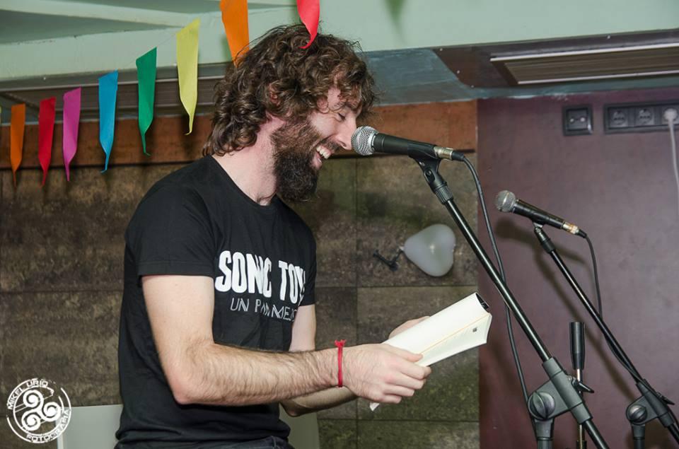 Entrevista al poeta pamplonés Iñigo Pimoulier, autor de