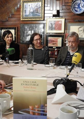 Montserrat López Moro, Isabel Bono y José María Guelbenzu