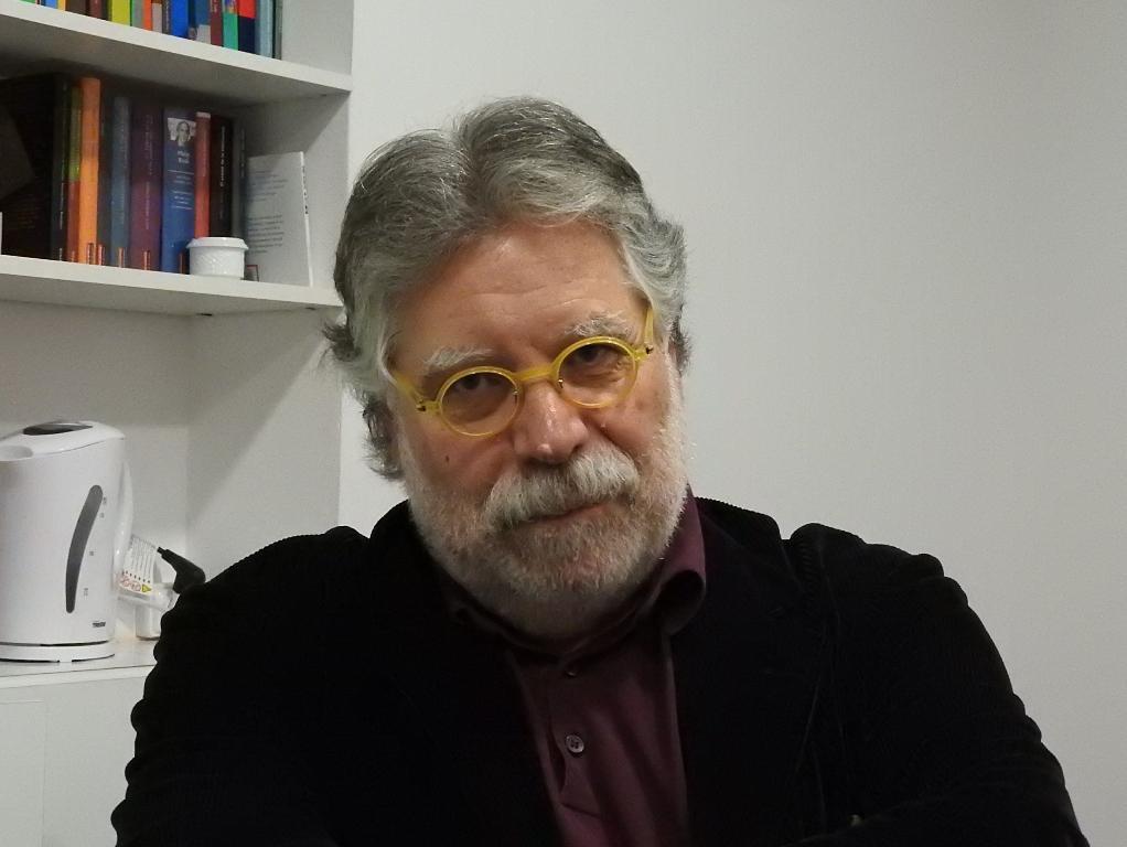 El analista Joaquín Estefanía publica el libro