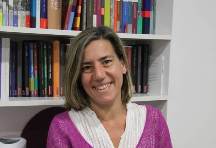 Lea Vélez publica en Destino su nueva novela