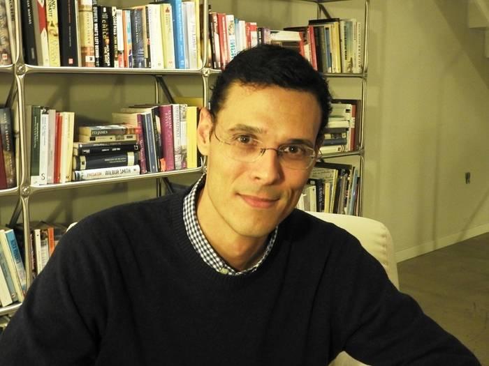"""Entrevista a Marcos Chicot, autor de """"El asesinato de Sócrates"""""""