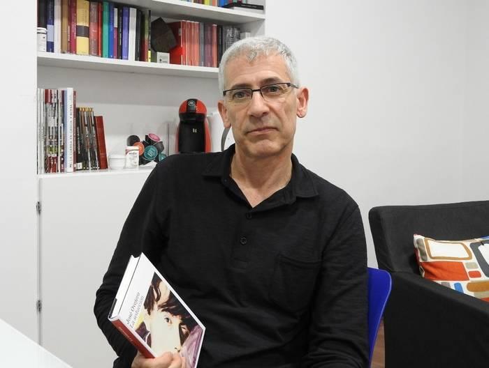"""Entrevista a José Ovejero, autor de """"La seducción"""""""