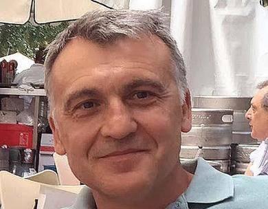 Pepe Cervera, finalista del Premio de la Crítica Valenciana con su personal mezcla de ficción y realidad