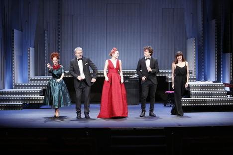 Declara tu amor sobre el escenario del Teatro Reina Victoria