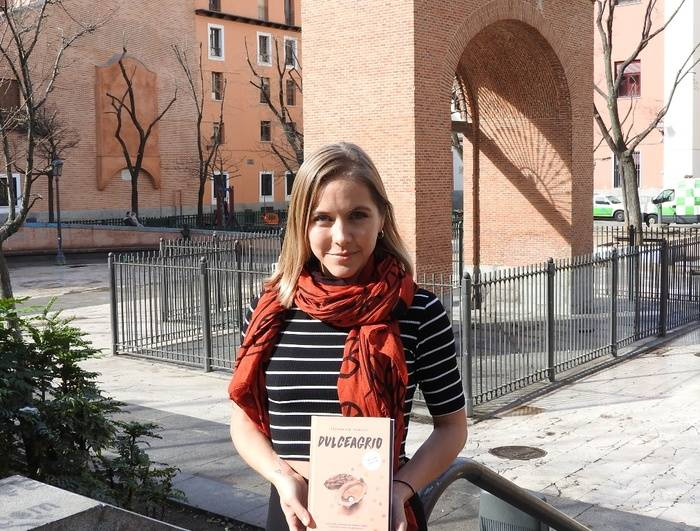 Stephanie Danler en la Plaza Dos de Mayo