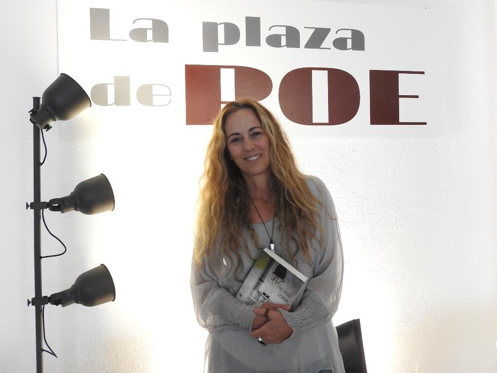 """Entrevista a Eva Losada Casanova, autora de """"El sol de las contradicciones"""""""