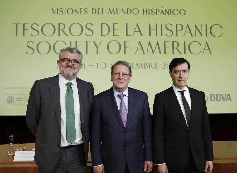 Miguel Falomir, director del Museo Nacional del Prado; Mitchell A. Codding, director de la Hispanic Society of América y comisario de la muestra; y Rafael Pardo, director de la Fundación BBVA