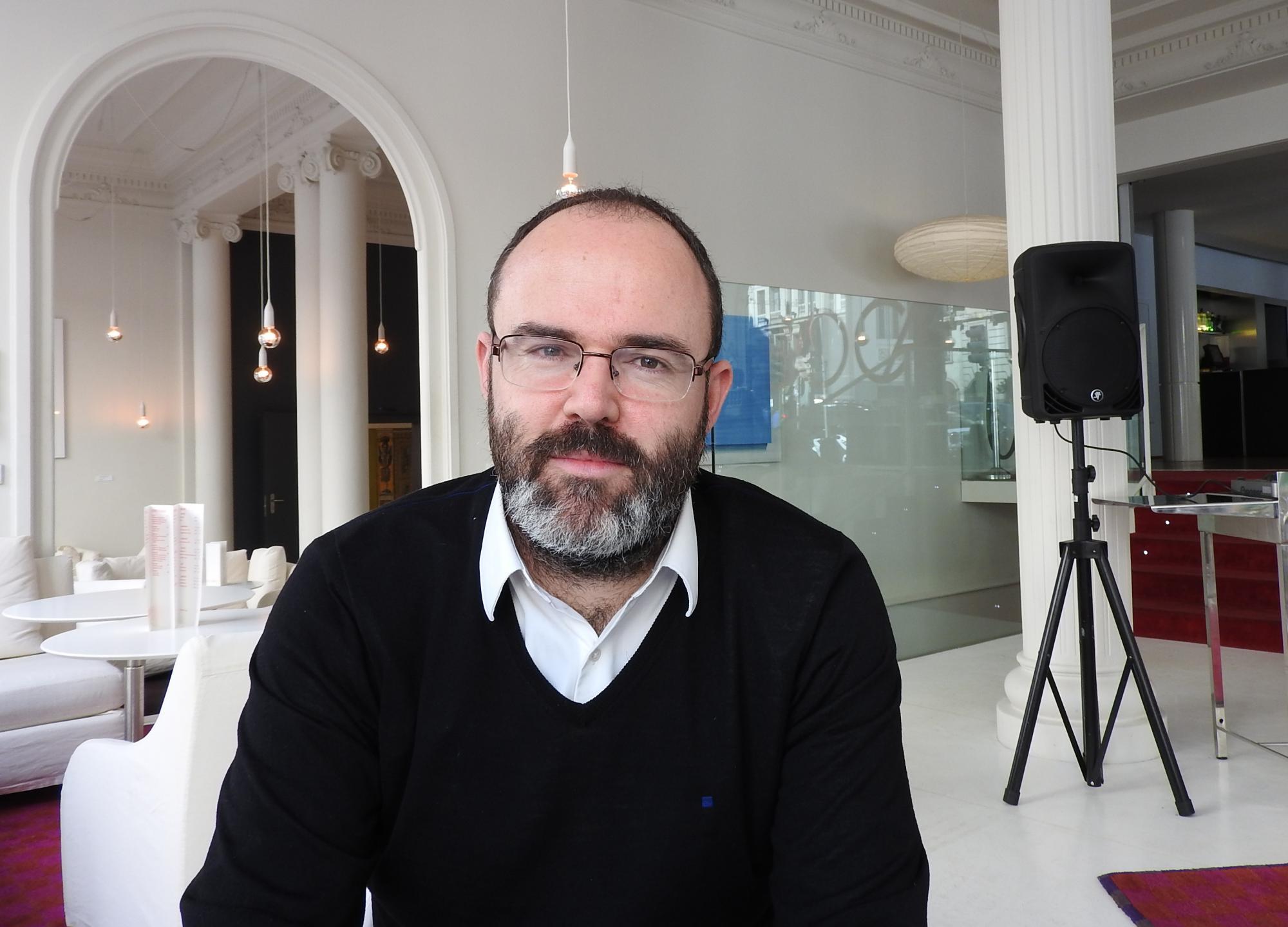 """Entrevista a Leandro Pérez, autor de """"La sirena de Gibraltar"""""""