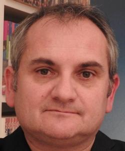 """Entrevista a Mario Escobar, autor de """"Los niños de la estrella amarilla"""""""