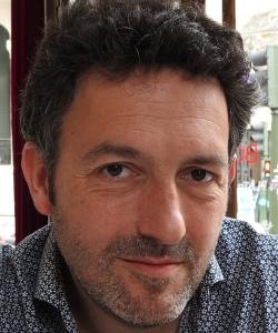 """Entrevista a Mikel Santiago, autor de """"El extraño verano de Tom Harvey"""""""