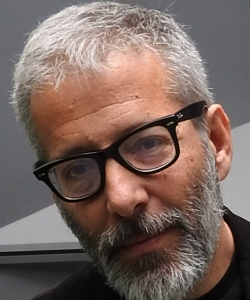 """Entrevista a Orteu, autor de """"PIENSA, Manifiesto inquietante a favor de la ignorancia"""""""