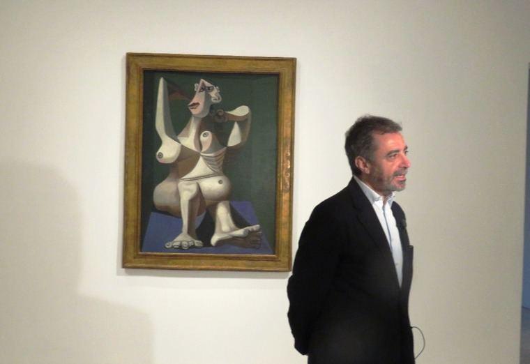 Manuel Borja-Villel, Director del Museo Reina Sofía atendiendo a los medios de prensa