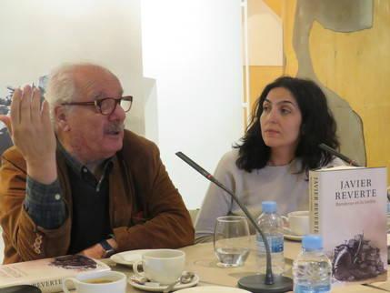 Virginia Fernández y Javier Reverte