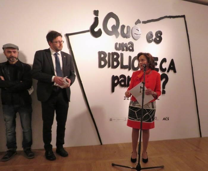 Ana Santos Aramburo, Directora de la Biblioteca Nacional de España, durante la presentación de la exposición ¿Qué es una Biblioteca para ti?