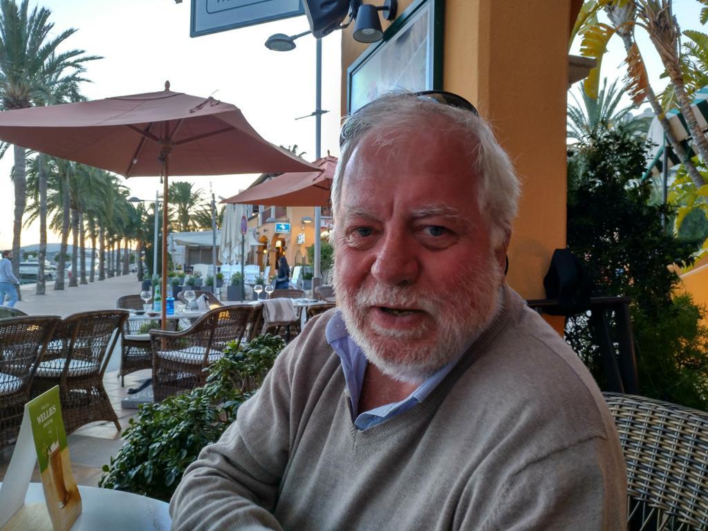 """Entrevista a Santiago Iglesias de Paúl, autor de """"La Orquesta Mil Maravillas"""""""