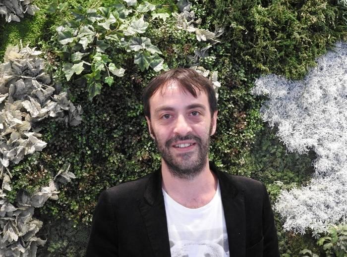 """Entrevista a Agustín Martínez, autor de """"La mala hierba"""""""
