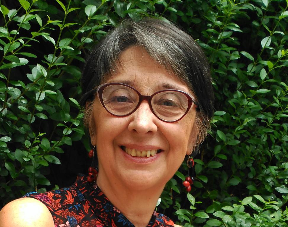 "Entrevista a Marta Banús, autora de ""La monja bastarda"""