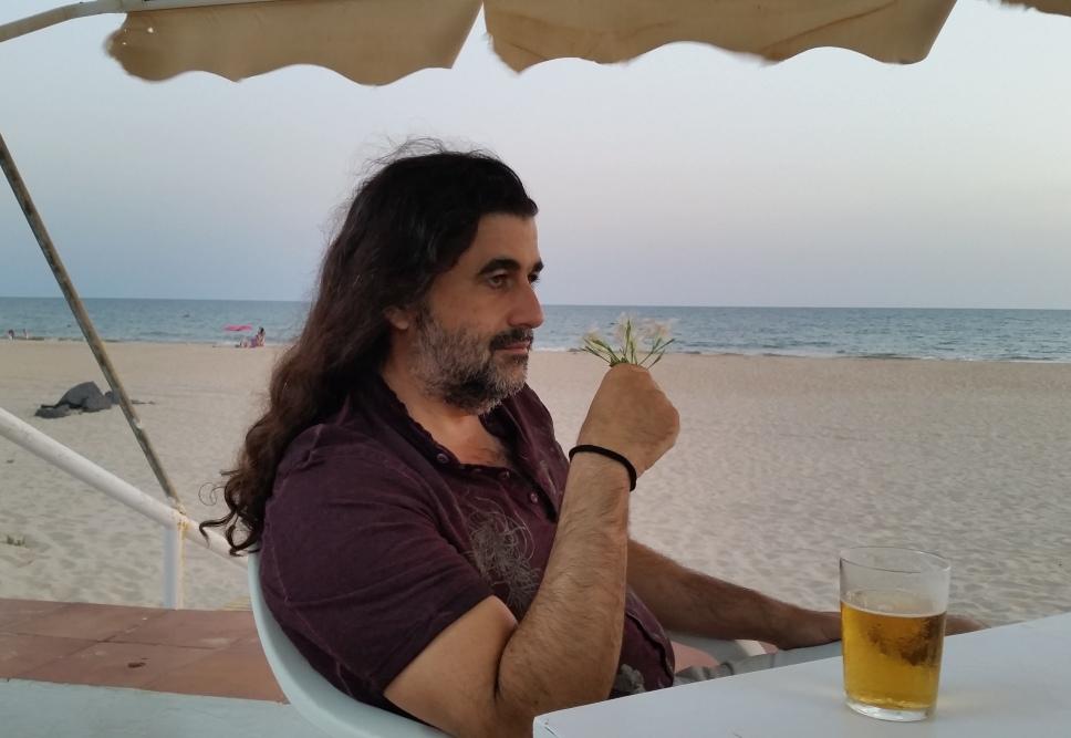 Los nuevos poemas de Manuel García: la Literatura como militancia