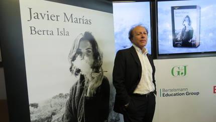 El autor, Javier Marías, y su obra