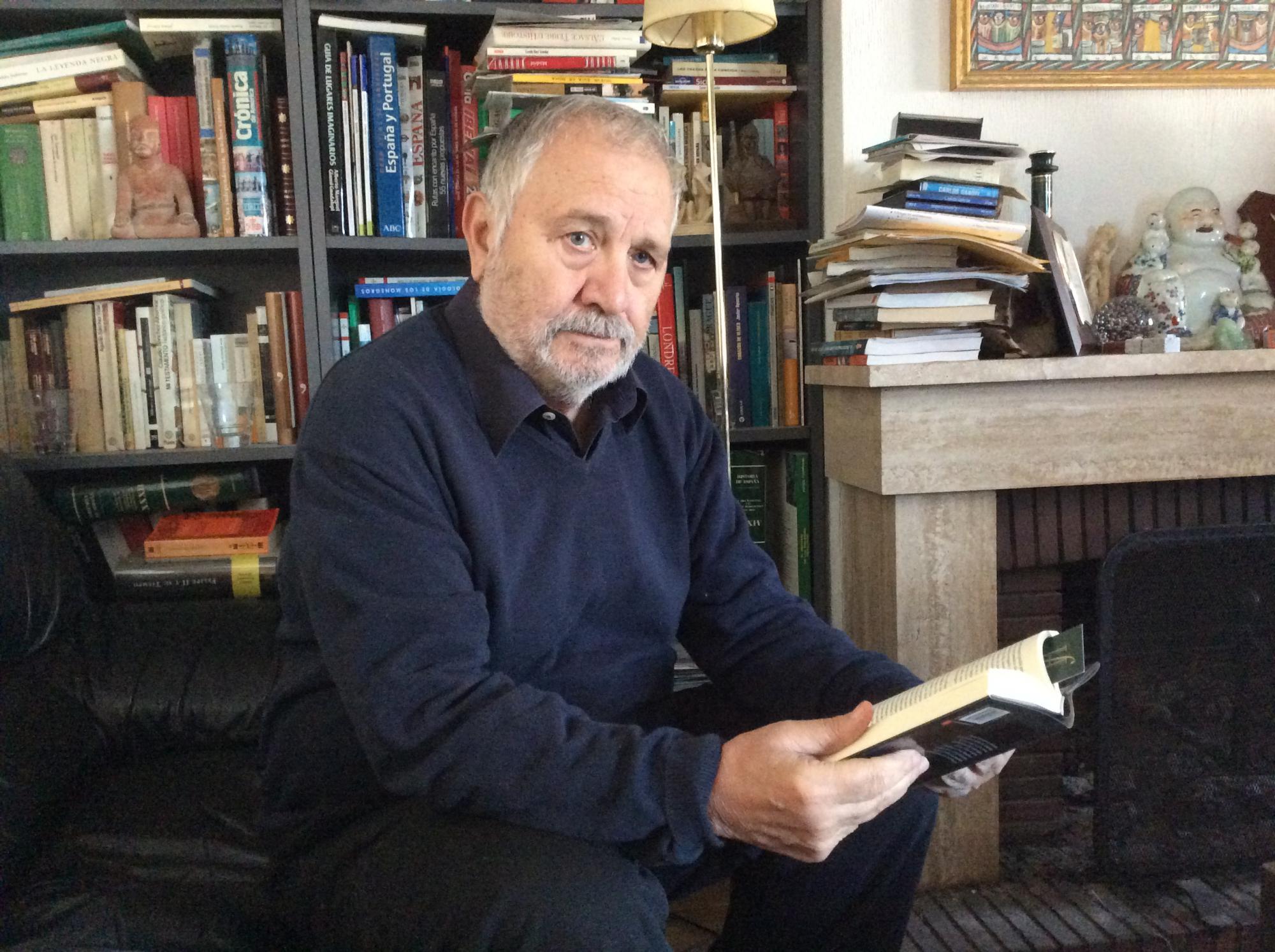 """Entrevista a Fernando Martínez Laínez, autor de """"Las Lanzas"""