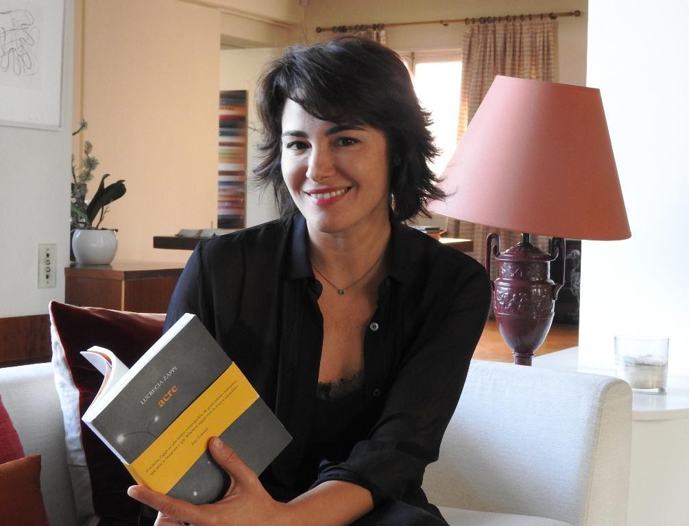 "Entrevista a Lucrecia Zappi, autora de ""Acre"""