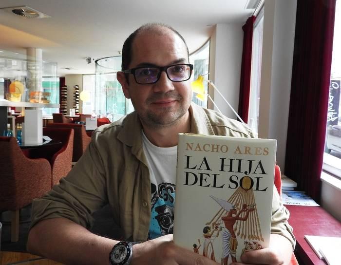 """Entrevista a Nacho Ares, autor de """"La hija del Sol"""""""