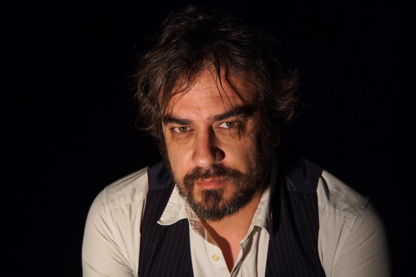 """Entrevista a Pedro Feijoo, autor de """"Los hijos del fuego"""""""