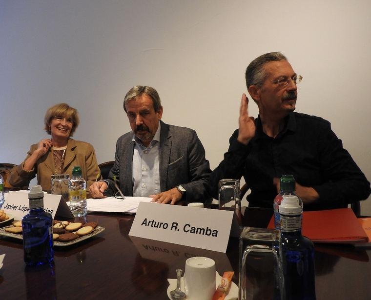 Pilar Fdez.-Pinedo, Javier López Iglesias y Arturo R. Camba