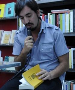 Entrevista a Carlos Labbé por
