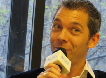 """Presentación del libro de Editorial Grijalbo: """"El increíble viaje del faquir que se quedó atrapado en un armario de Ikea"""", de Romain Puértolas"""